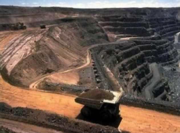 Mining: an application requiring industrial wireless hardware